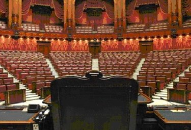 parlamentovuotoR375_08gen2010.jpg