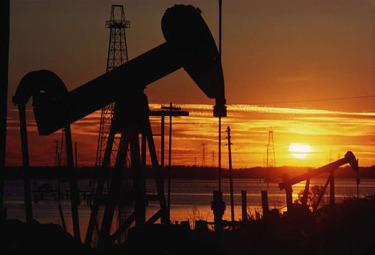 petrolio_estrazioneR375.jpg