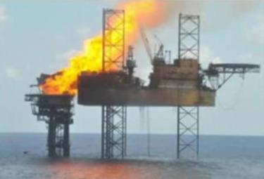piattaforma-petrolifera-esplosaR375.jpg
