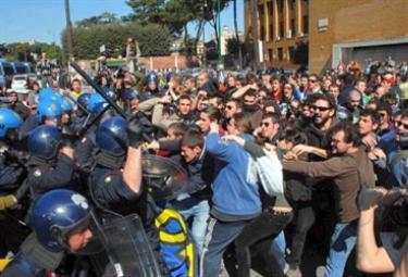 proteste_studenti_torinoR375_19mag2009.jpg