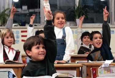 scuola_bambiniR375_04set08.jpg