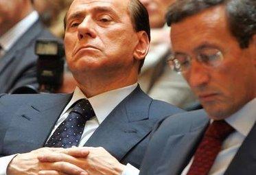 BerlusconiFiniDistacco_R375.jpg