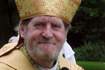 Il vescovo Andrew Burnham
