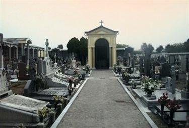 Cimitero_R375.jpg