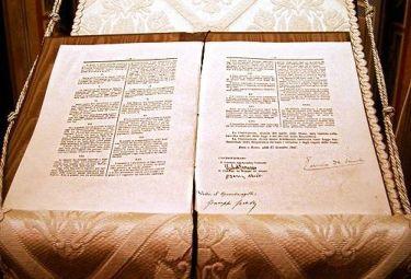CostituzioneR375.jpg