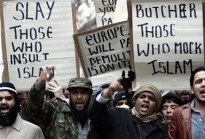 Musulmani in manifestazione