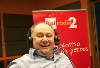 ANNOZERO/ Santoro dirige Tre passi nel delirio, in cui Lele Mora diventa politologo