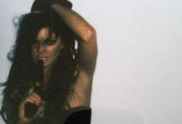 Lindsay-lohan-pistolaR375.jpg