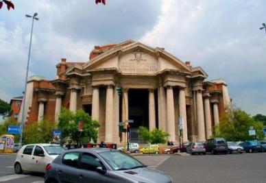 OMICIDIO ROMA/ Strozzini e prestanome, la Capitale è solo misteri e bassezze?