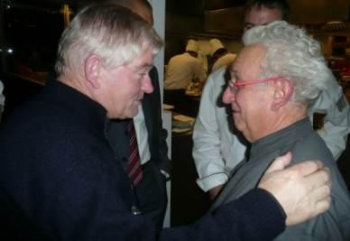 Da sinistra Padre Aldo Trento con Ezio Santin
