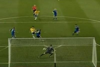 Il gol di Pato che chiude la sfida con l'Ucraina