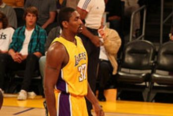 Ron_Artest_LakersR400.jpg