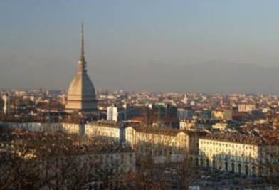 ELEZIONI COMUNALI 2011/ Torino LIVE, l'affluenza alle ore 15.00, le proiezioni (aggiornamento ore 12.30)