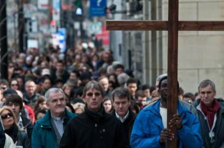 PHOTO/ Way of the Cross in Canada