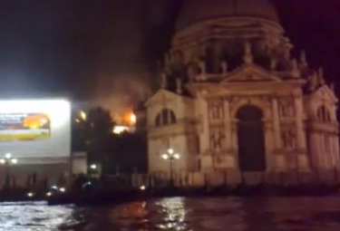 basilicadellasaluteincendioR375.jpg