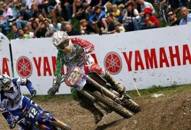 cairoli-motocross-r375.jpg