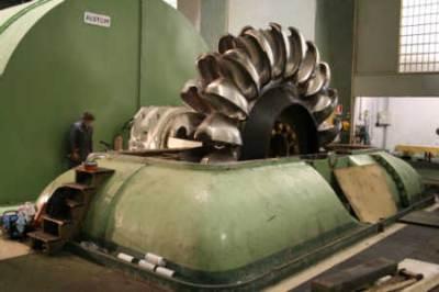 Una centrale elettrica