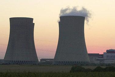 centralenucleare_R375.jpg