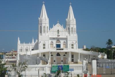 chiesa-india-r400.jpg