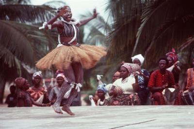 danza_africana_R400.jpg