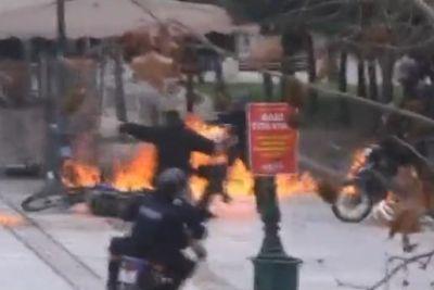 Gli scontri ad Atene