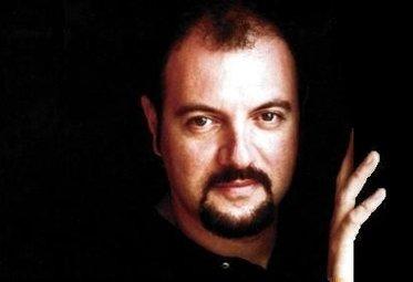 Nella foto, Carlo Lucarelli. Il caso dell'omicidio Falcidia riaperto grazie a un libro dello scrittore