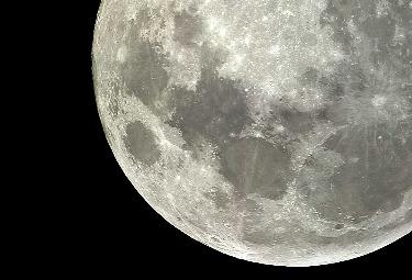 luna-ingrandimR375.jpg