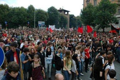 manifestazionestudenti_R400.jpg