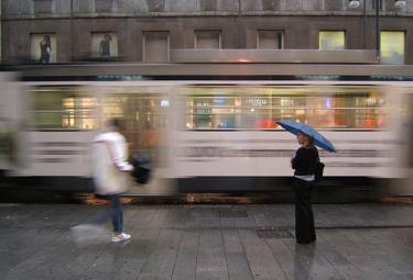milano_tram_pioggiaR375.jpg