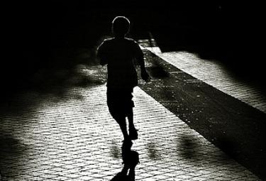 ombra_bambinoR375.jpg
