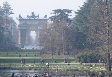 Il Parco Sempione a Milano, una delle zone più a rischio topi