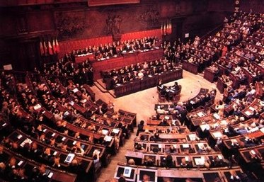parlamento_R375.jpg
