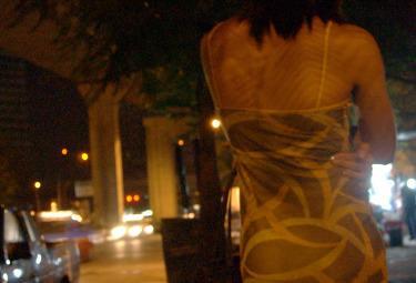prostitutaR375.jpg
