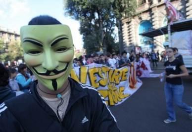 J'ACCUSE/ Se Jobs e Fawkes diventano i nuovi modelli degli studenti indignados