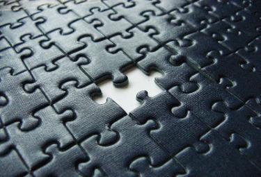 puzzle_nero_incompletoR375.jpg
