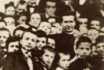 Don Bosco insieme ai suoi ragazzi