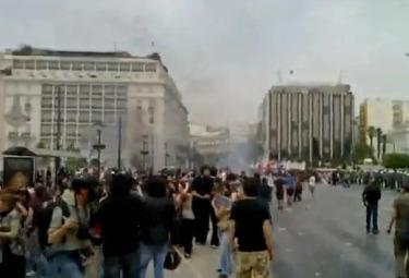 scontri-greciaR375.jpg
