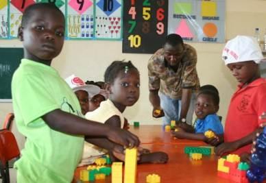 Nella scuola di St. John a Lagos, Nigeria (immagine d'archivio)