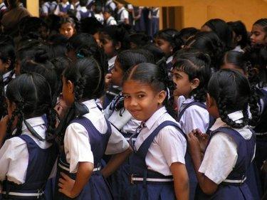 scuolacattolicaindia_R375.jpg
