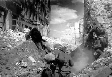 Soldati tedeschi sul fronte di Stalingrado (immagine d'archivio)