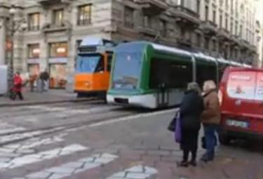 tram2R375.jpg