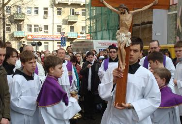 The Way of the Cross in Moscow: for the first time a public gesture