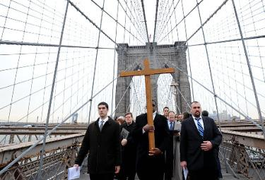 The Way of the Cross in New York/ Silence in the City