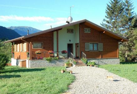 Una casa in legno Albertani