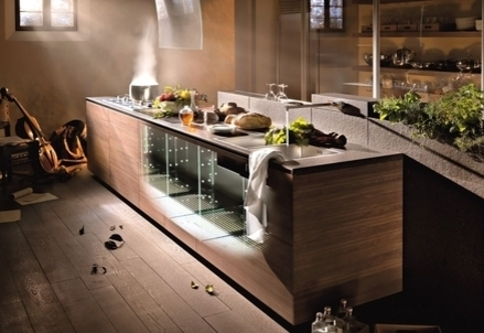 La cucina con il fusto in vetro