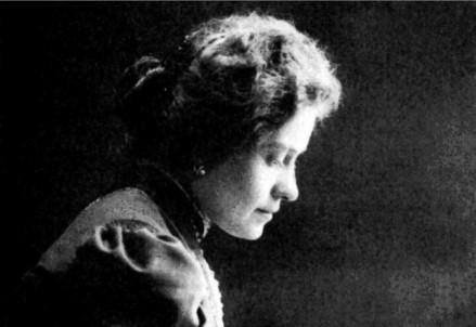 Ada Negri (1870-1945) (Immagine d'archivio)