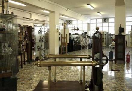 L'Archivio Scientifico e Tecnologico dell'Università di Torino