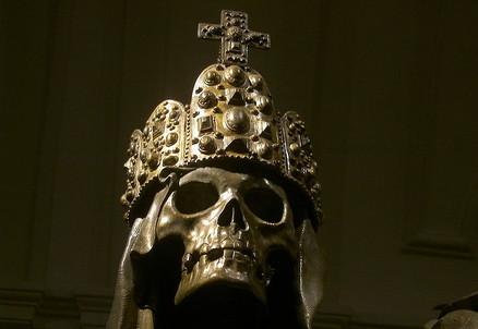 Il sarcofago dell'imperatore Carlo VI nella Cripta dei cappuccini (E. Kugler, Wikipedia)