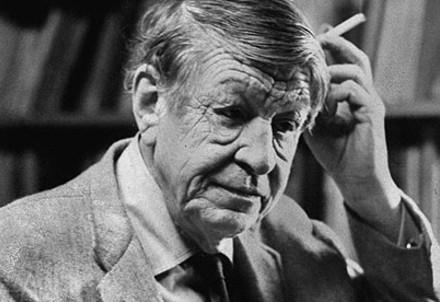 Wystan Hugh Auden (1907-1973; immagine d'archivio)