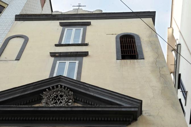 lesione sulla facciata di Santa Maria della Neve
